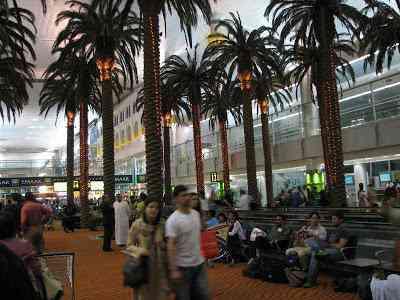 DubaiInternationalAirport Aeroportos escalafobéticos ( bizarrões mesmo)