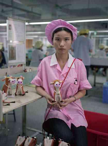 chinatoyfactory08 Uma fábrica de brinquedos na China