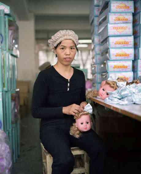 chinatoyfactory09 Uma fábrica de brinquedos na China