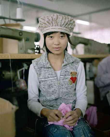 chinatoyfactory10 Uma fábrica de brinquedos na China
