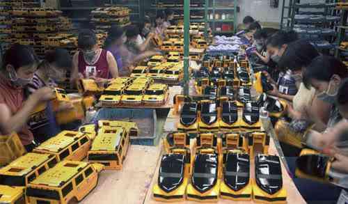 chinatoyfactory19 Uma fábrica de brinquedos na China