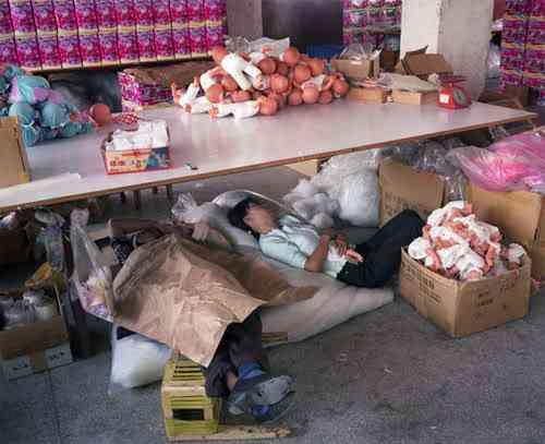 chinatoyfactory23 Uma fábrica de brinquedos na China