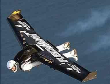 jetman flight1 FusionMan   O homem avião