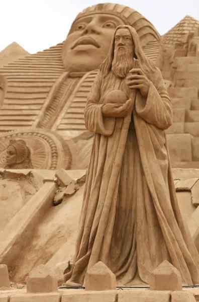 10 2 Incríveis esculturas de areia