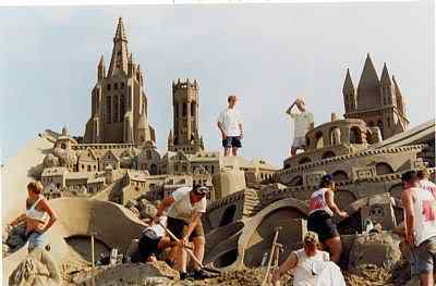 12 Incríveis esculturas de areia