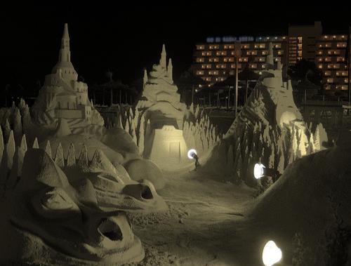 1215315690 Incríveis esculturas de areia