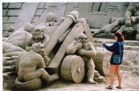 26571 3 468 Incríveis esculturas de areia