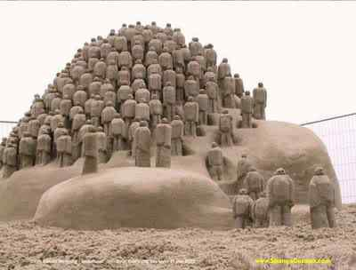 ATT2 Incríveis esculturas de areia