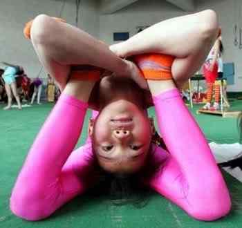 crazy contortionist Pessoas de borracha