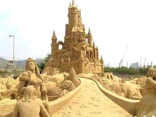 fairytale Incríveis esculturas de areia