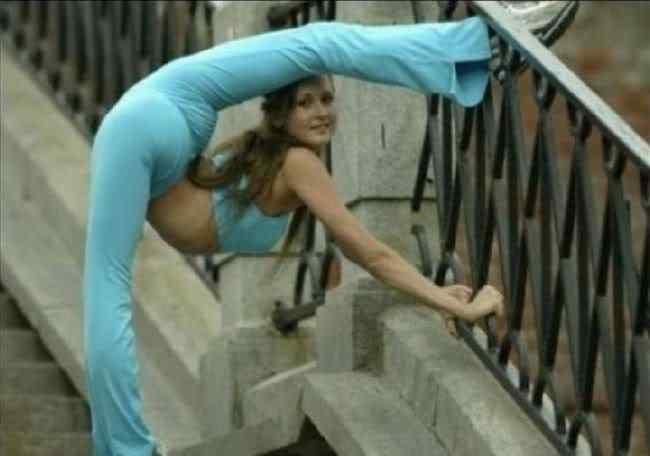 flexibility 01 Pessoas de borracha