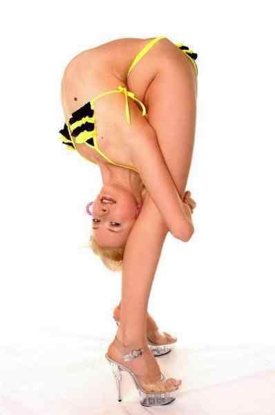 flexibility 09 Pessoas de borracha