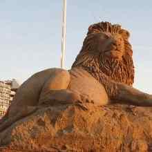 imgH1170860787img45c9eaf3d8a32 Incríveis esculturas de areia