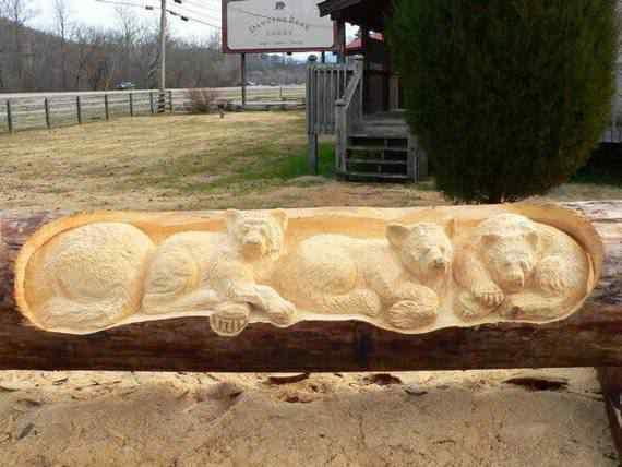 real arts of woodcarving04 O fera da motoserra