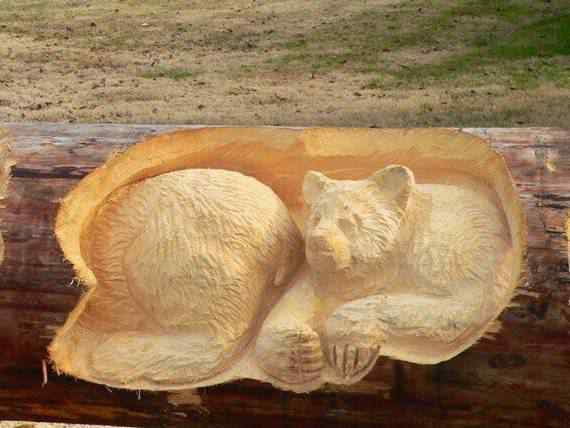 real arts of woodcarving05 O fera da motoserra