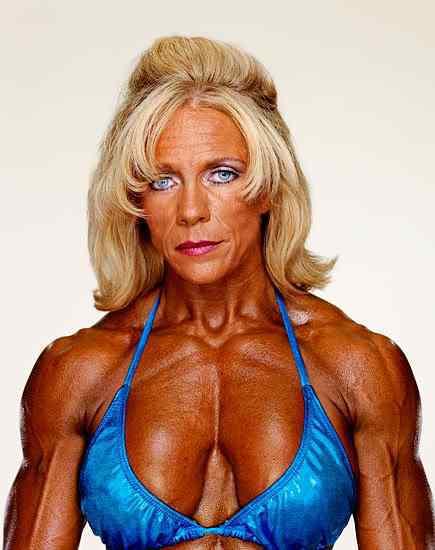 female body builders09 1 Monstros do fisiculturismo