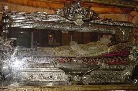 0817 3 the tomb of st john bosco b  Encontrado o prego que prendeu Jesus Cristo na cruz?