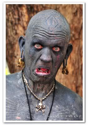 Lucky Diamond Rich most tattooed pe O homem e a mulher mais tatuados do mundo