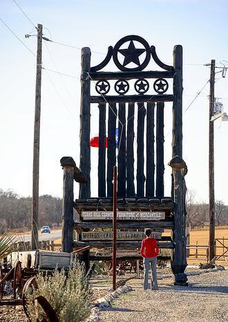 giant chair 2 1 Mundo gigante   Um apanhado de coisas gigantes da web