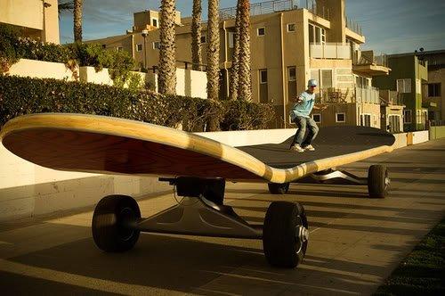 giant skateboard 1 Mundo gigante   Um apanhado de coisas gigantes da web