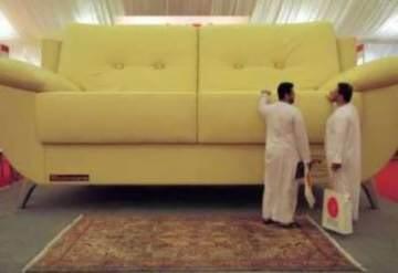 giant sofa 12475 Mundo gigante   Um apanhado de coisas gigantes da web