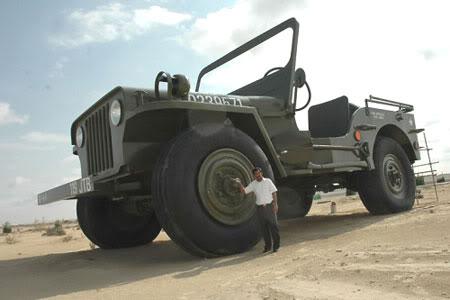 largest jeep i44 1b245dd21e1614fe3ee22eaa39412199 1 Mundo gigante   Um apanhado de coisas gigantes da web