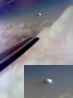 rjd1small Fotos de ufos obtidas de aviões