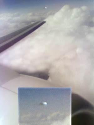 rjd2small Fotos de ufos obtidas de aviões