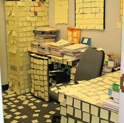 1postit Pegadinhas de escritório