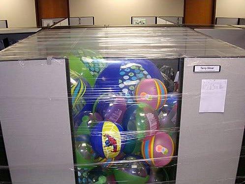 OfficePranks12 Pegadinhas de escritório