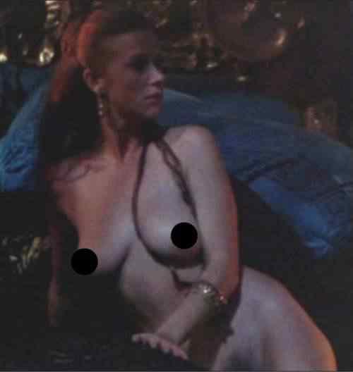 Helen Mirren Nude 4 Caligula 500x528 Celebridades de Hollywood que iniciaram sua carreira no cinema pornô