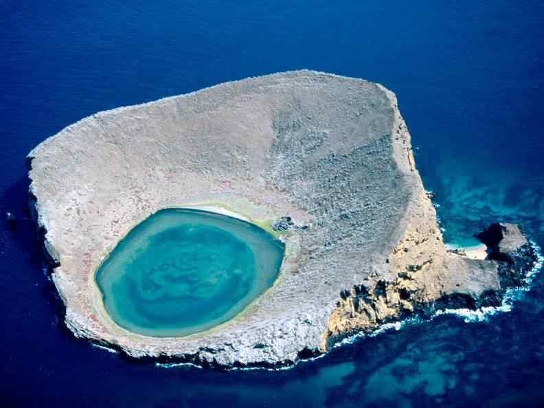 blue lagoon galapagos islands ecuador 10 lugares Gumps