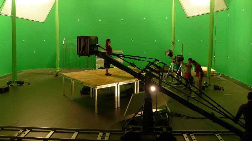 motherland green 12 Filmes feitos com engine de games