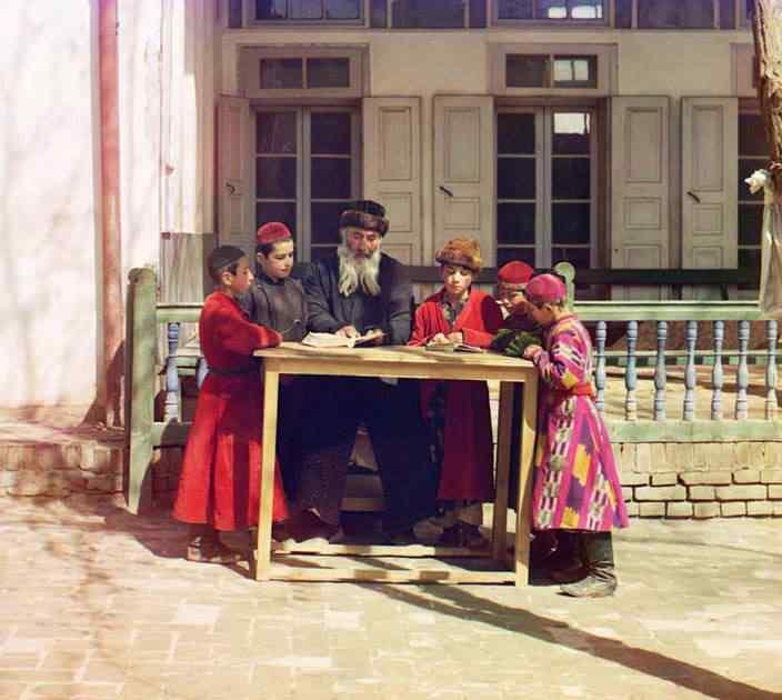 p87 8066  01861  Russia: O mistério das fotos coloridas num tempo em que só havia preto e branco