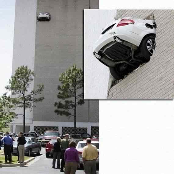 car accidents 4 Foi por pouco   10 casos de veículos que pararam na beirada