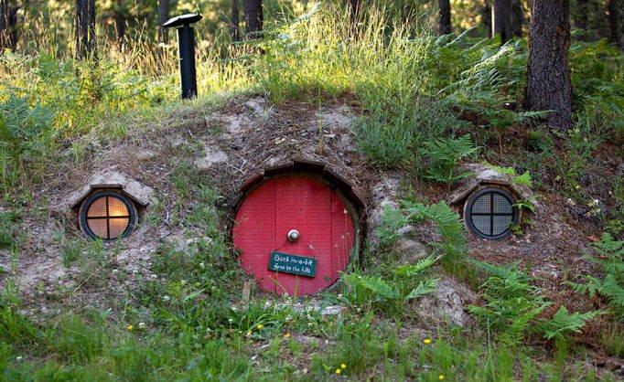 hobbit house1 682 1361892a Top 5 construções com inspiração Hobbit