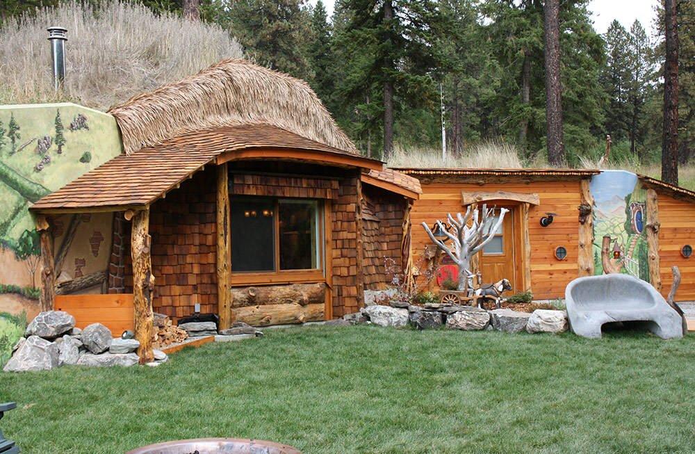 hobbit hs exterior2 lg Top 5 construções com inspiração Hobbit