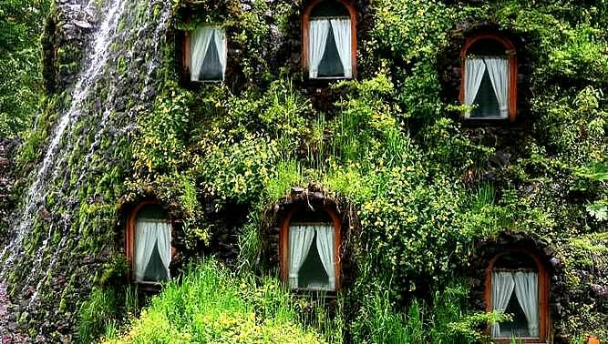 magic mountain hotel hobbit chile patagonia the flying tortoise 1 Top 5 construções com inspiração Hobbit