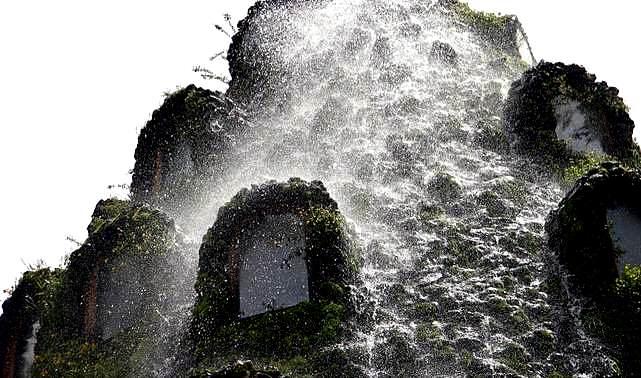 magic mountain hotel hobbit chile patagonia the flying tortoise 3 Top 5 construções com inspiração Hobbit