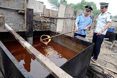 aaaa103228419 Comida feita no óleo de esgoto   Mais nojeira direto da China