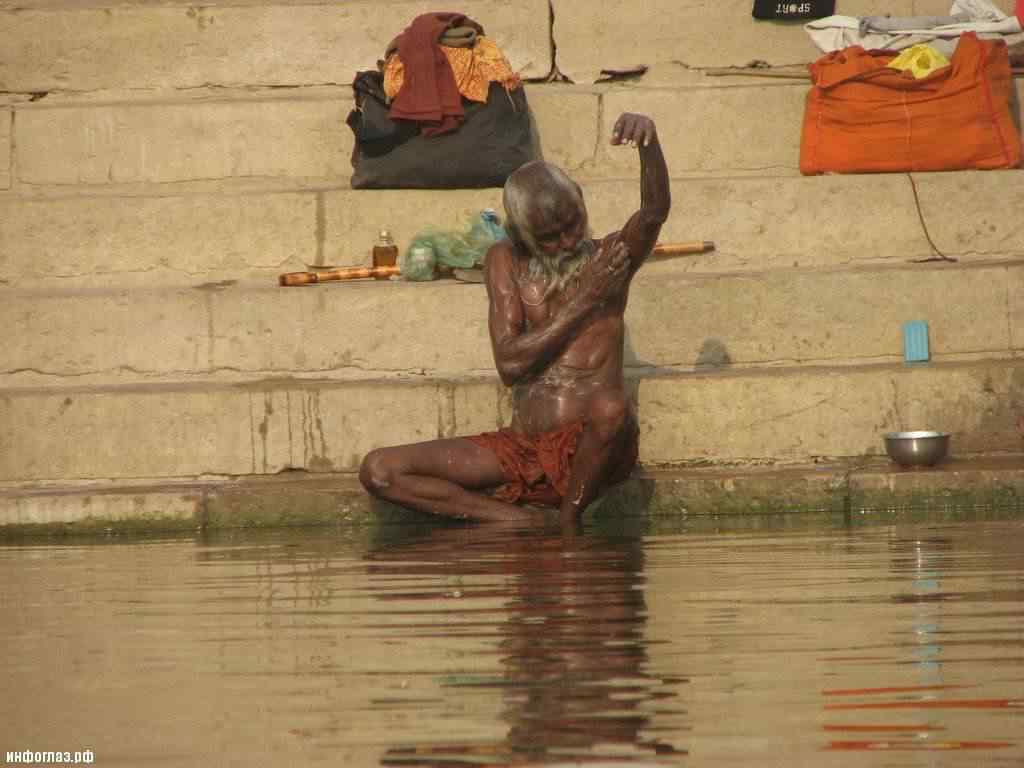 india026 A cidade dos mortos