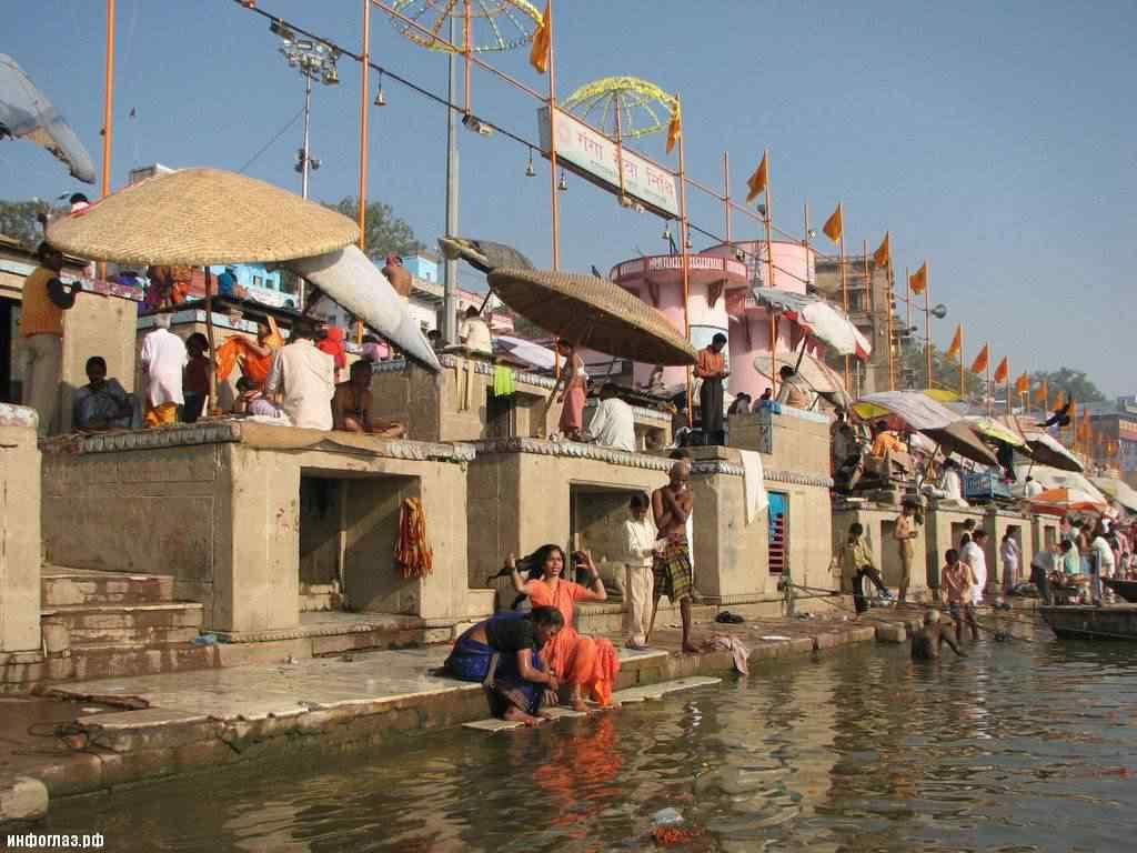 india037 A cidade dos mortos