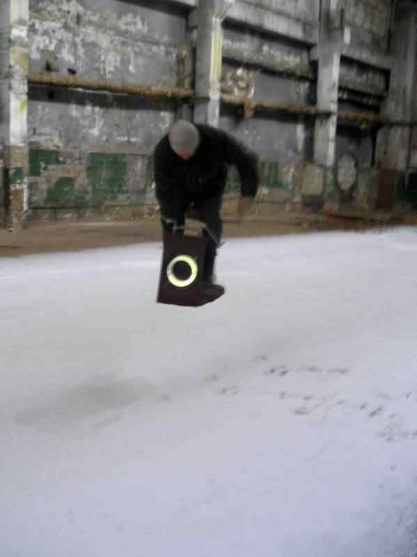 zhgc A incrível plataforma levitadora de Viktor Grebennikov