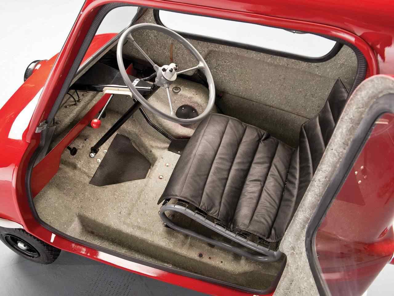 368533 original Peel 50   o menor carro do mundo