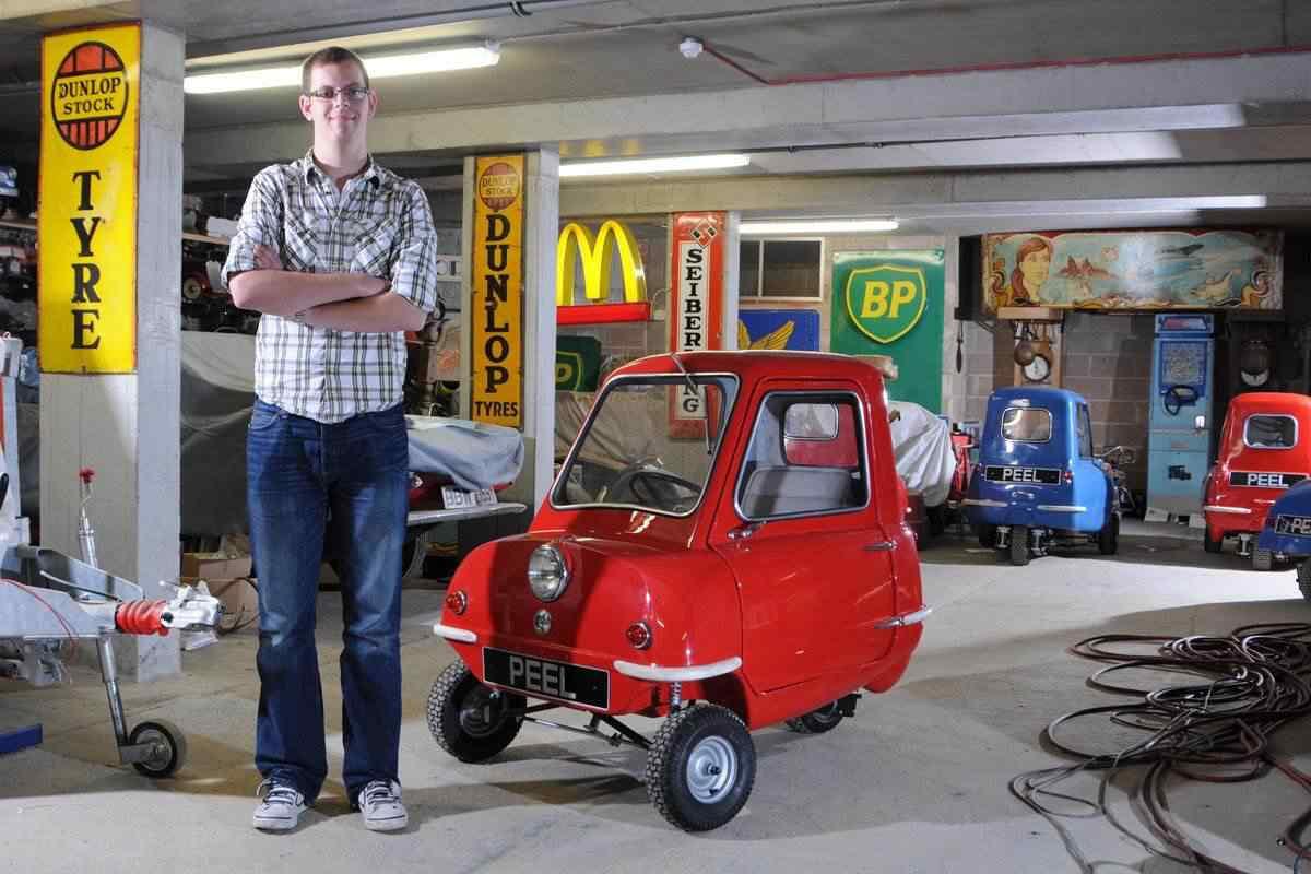 369167 original Peel 50   o menor carro do mundo