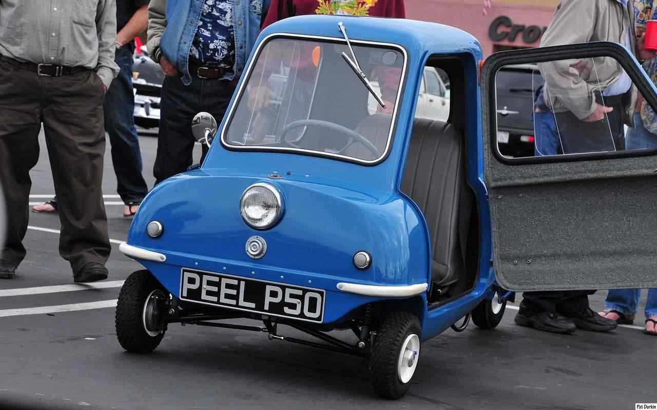 370358 original Peel 50   o menor carro do mundo