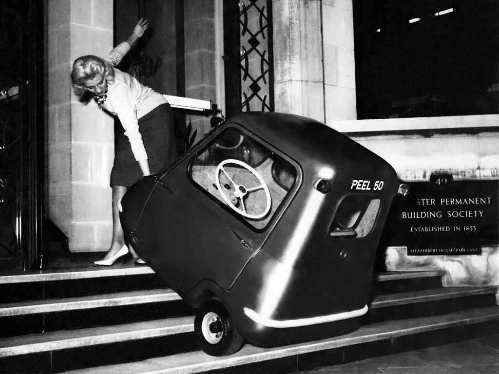 370644 original Peel 50   o menor carro do mundo