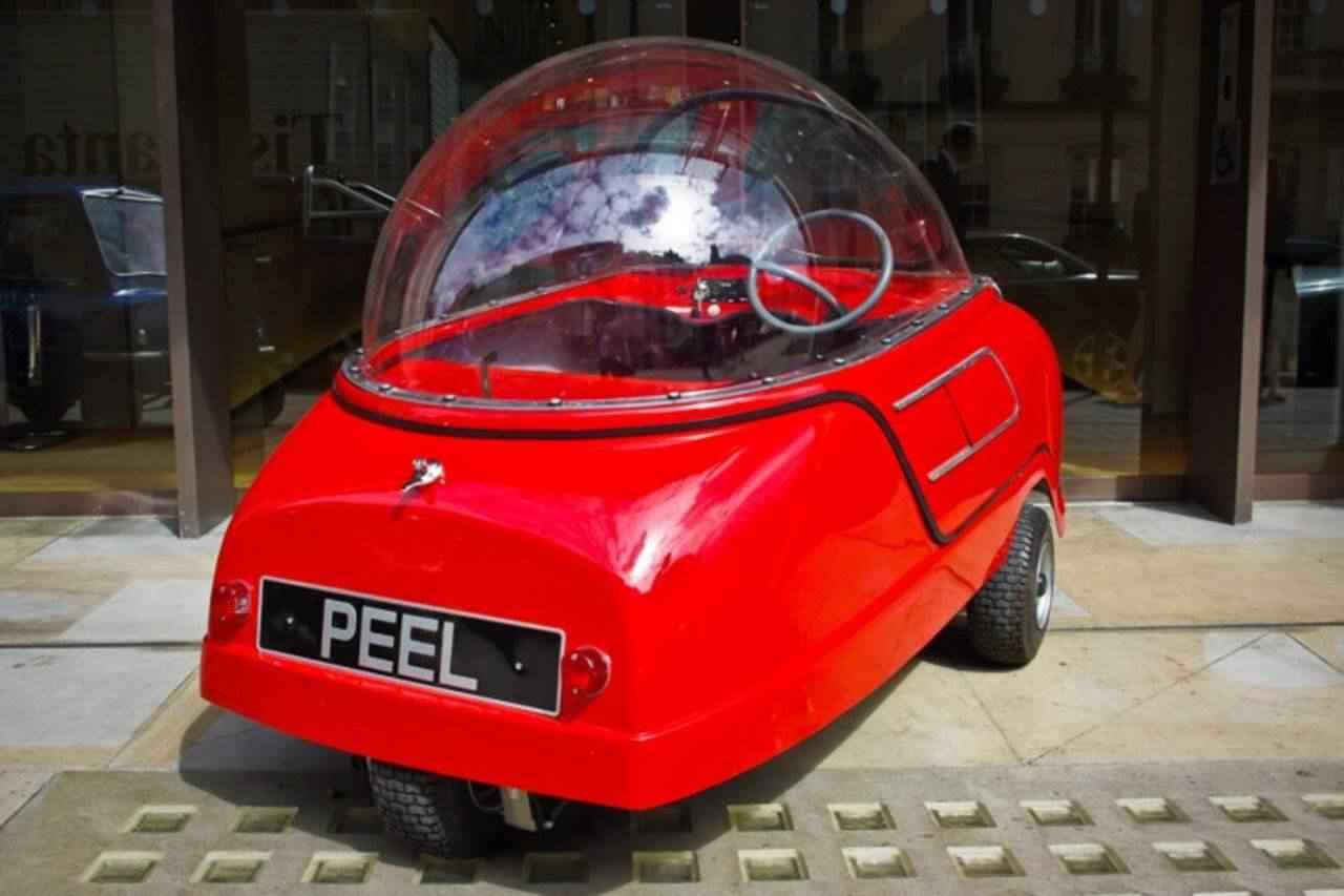 372841 original Peel 50   o menor carro do mundo