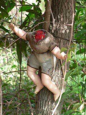 2 1 MEDO: A tenebrosa ilha das bonecas