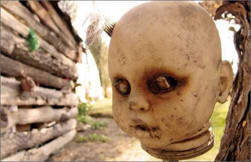 boneca morta1 MEDO: A tenebrosa ilha das bonecas